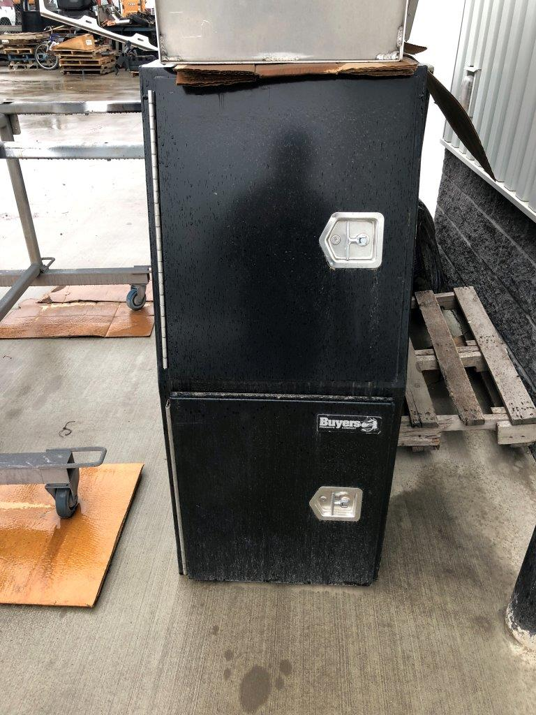 Buyers Crossover Cabinet