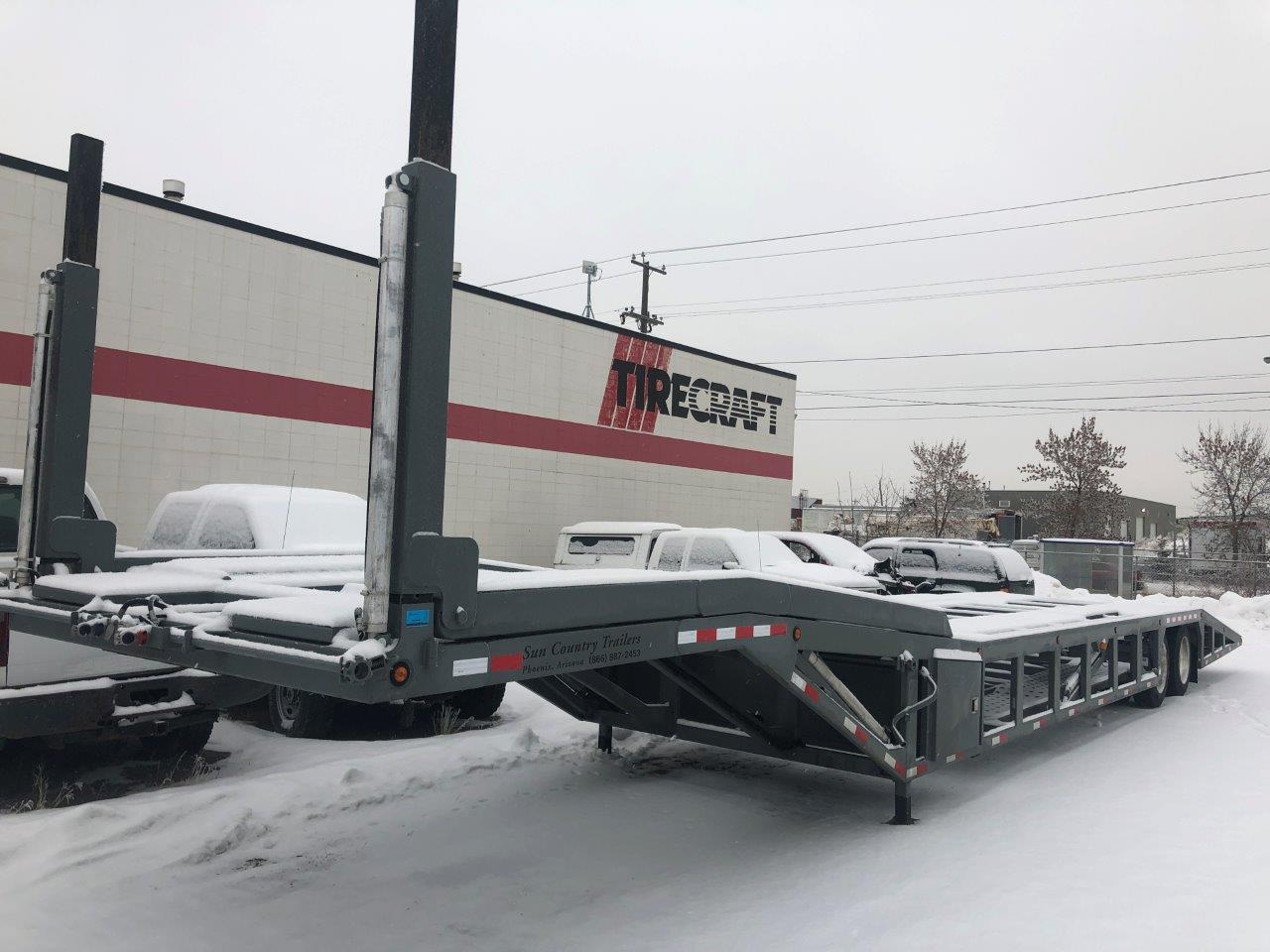 2019 SUN COUNTRY 53′ CAR HAULER STOCK# 2288