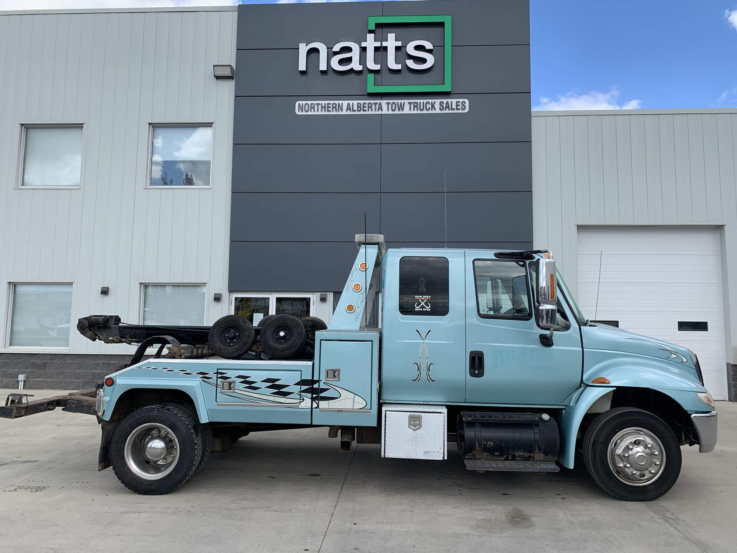 2007 INTERNATIONAL 4300 W/ VULCAN 892 – STOCK# 2507