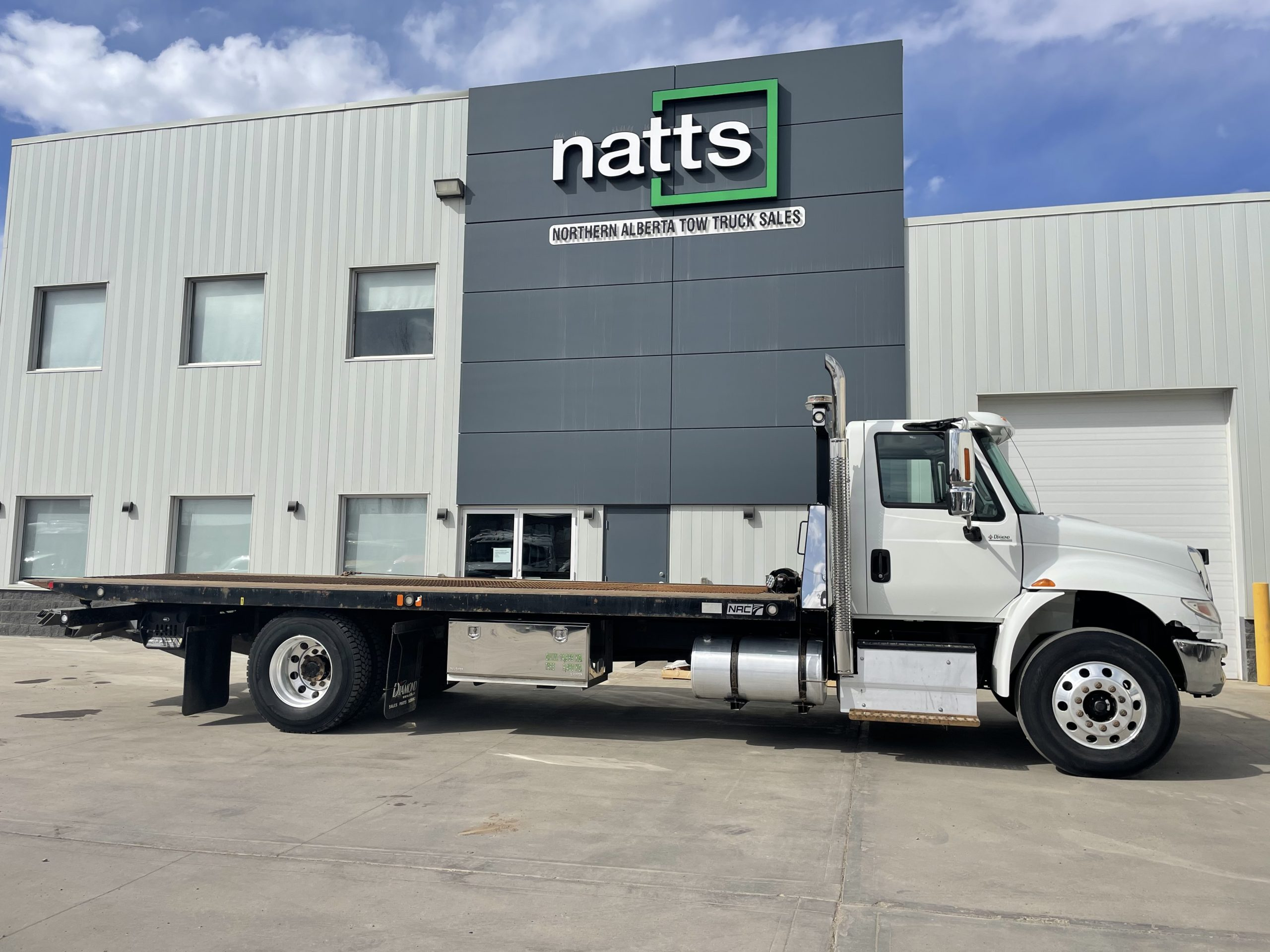 2017 INTERNATIONAL 4400 W/ 24′ NRC TB20 – STOCK#2698