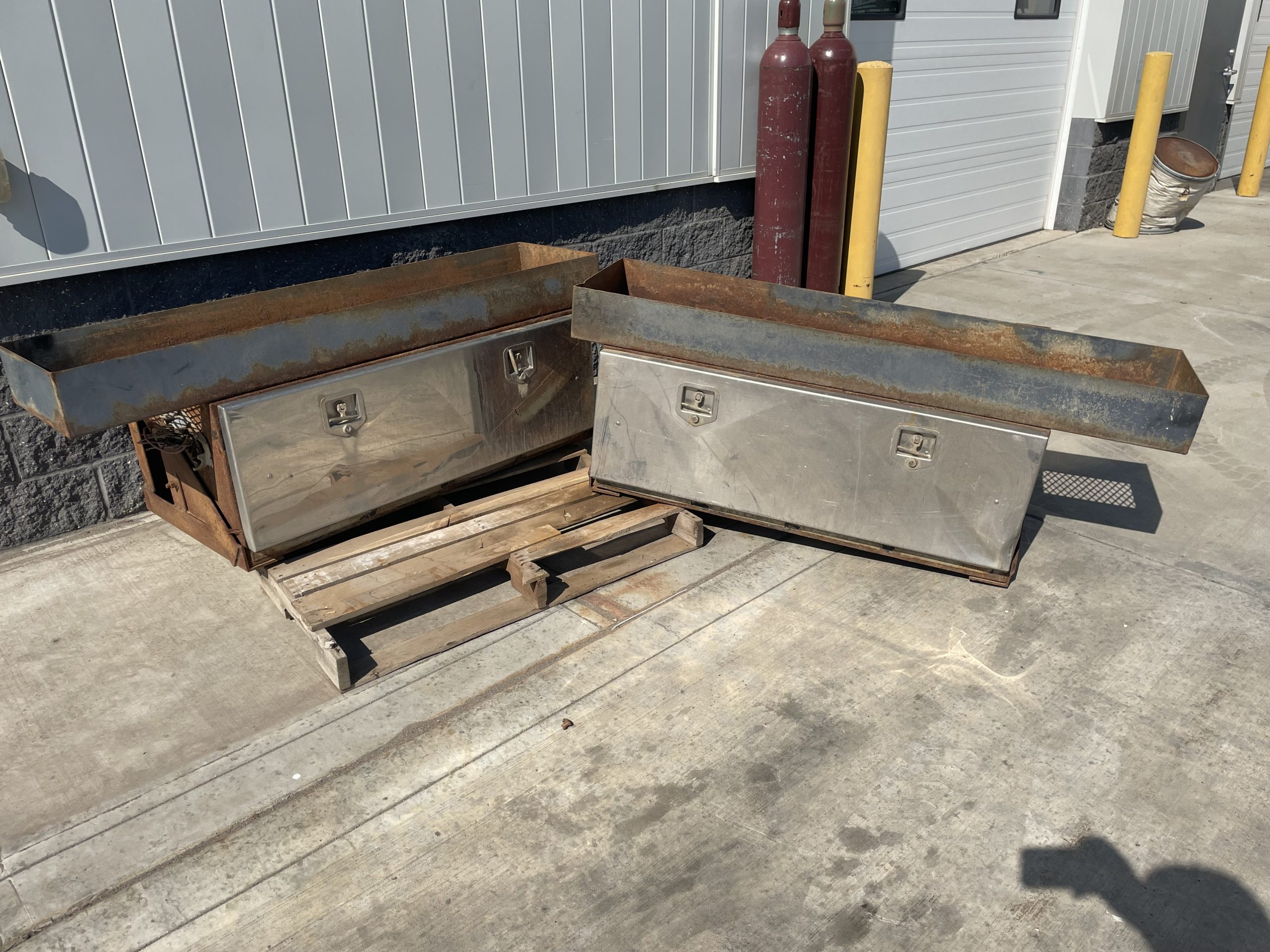 """USED 48""""STEEL TOOLBOXES W/ MOUNTS AND TOP TRAYS – $300 + TAX"""